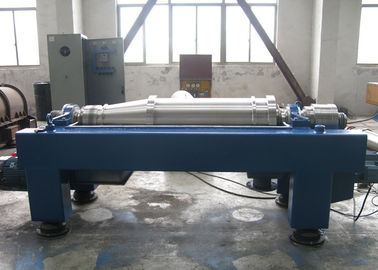 China Continuous Horizontal Centrifuge , Sludge Decanter Centrifuge 5 -18 M3/H Voltage 380V factory